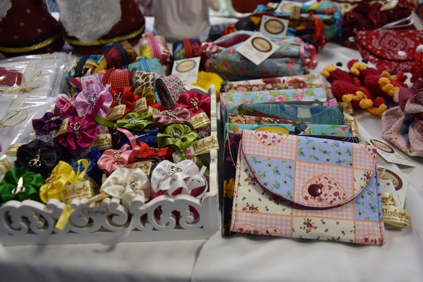 Servidores do TCE-MS realizam feira de artesanato em comemoração ao Natal