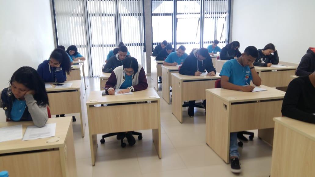 TCE-MS orienta jovens aprendizes para o mercado de trabalho