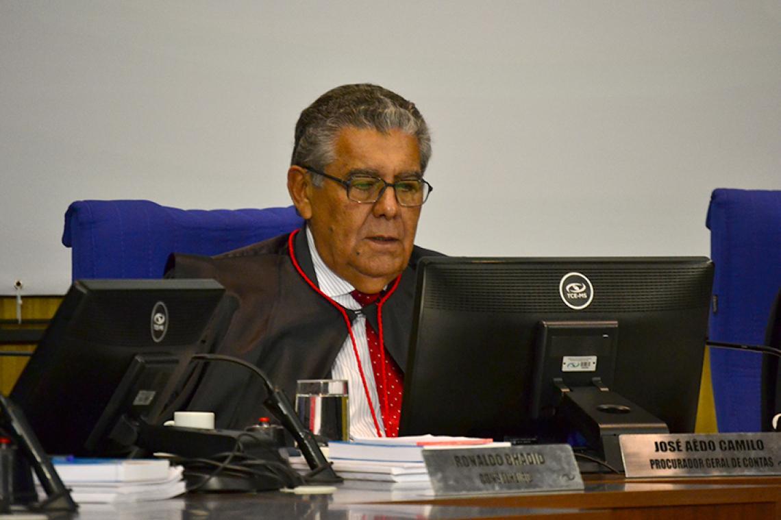 Procurador recomenda que ex-Secretária Municipal de Educação devolva mais de R$ 12 mil aos cofres públicos