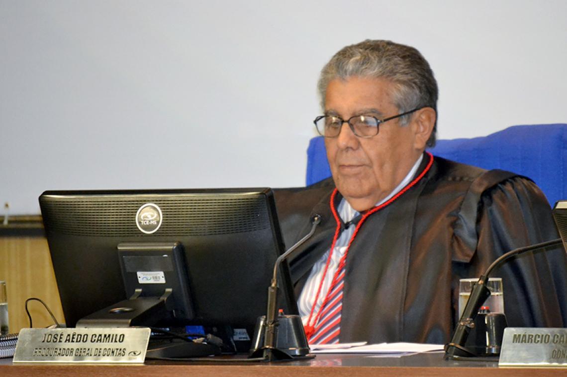 TCE concorda com parecer do MPC e determina que ex-diretor presidente devolva R$ 80 mil