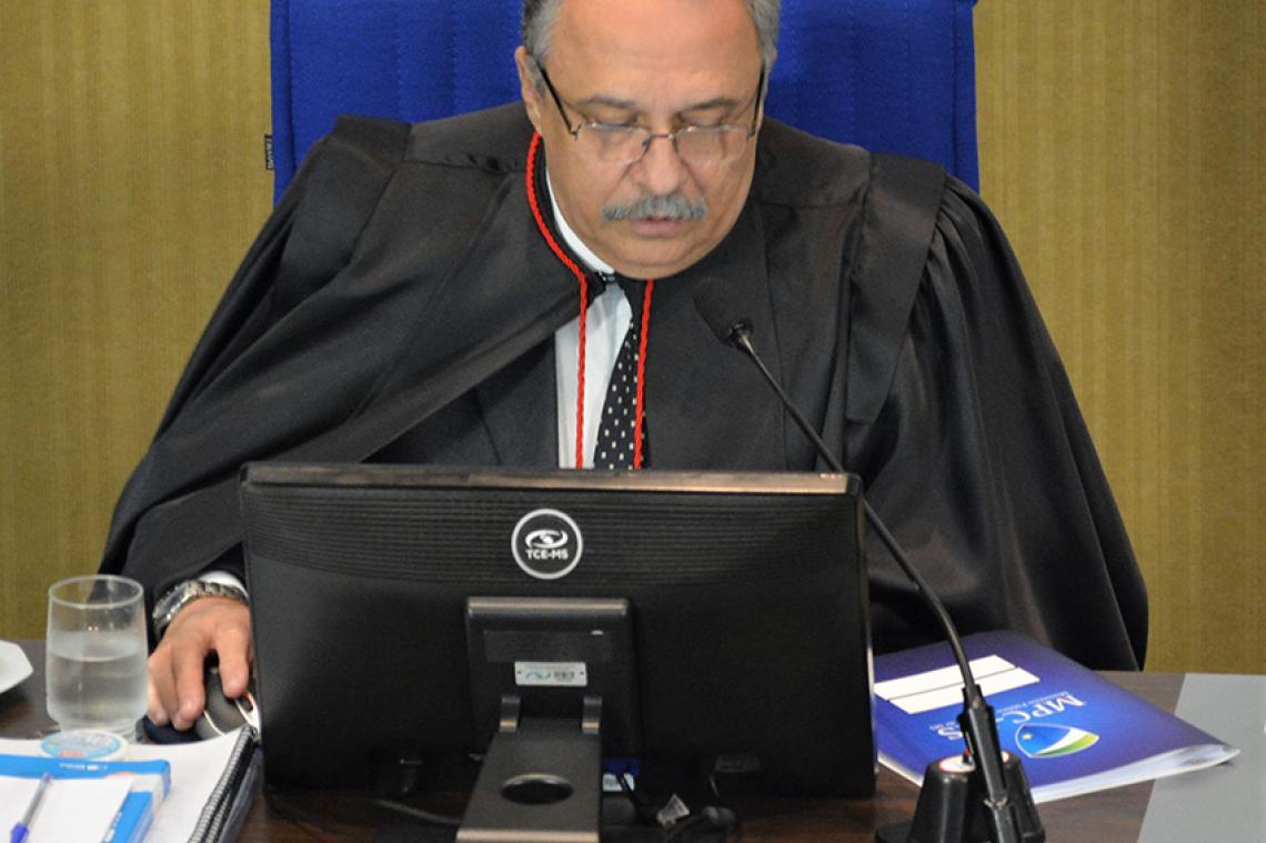MP de Contas recomenda aplicação de multa a ex-prefeito de Aquidauana