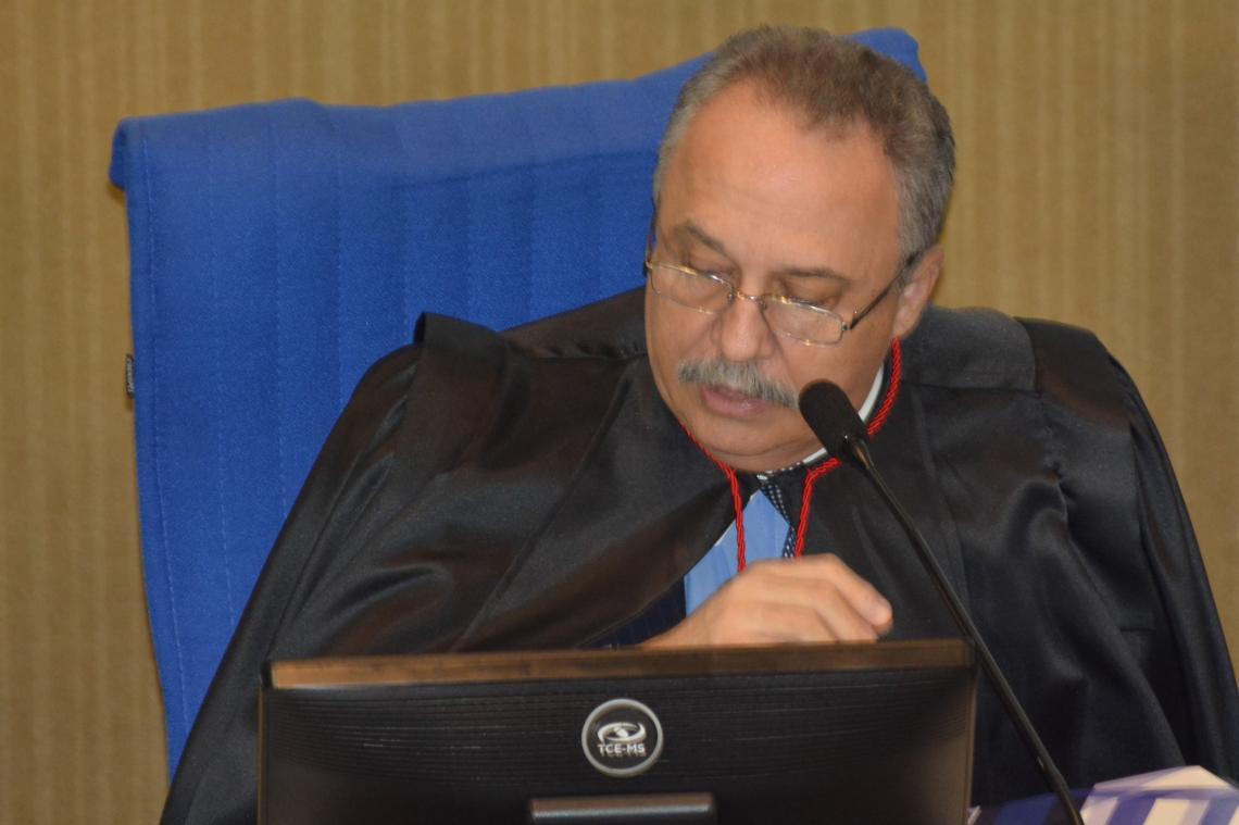 Despesas estranhas à função legislativa faz Procurador recomendar devolução de R$ 2.580 aos cofres públicos