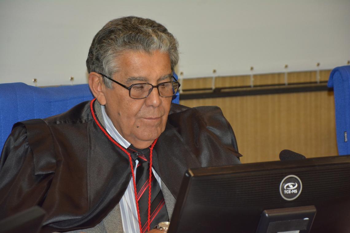 Procurador apresentou pareceres referentes a contratos, licitações e convênios na sessão da 2ª Câmara