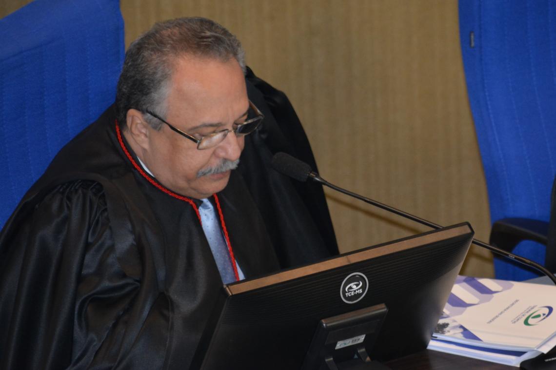 Procurador sugere tomada de contas pelo poder legislativo de Angélica e conselheiro relator concorda com parecer