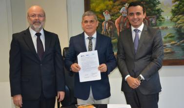 TCE-MS investe em parceria com Institutos de Direito Administrativo para a capacitação de servidores