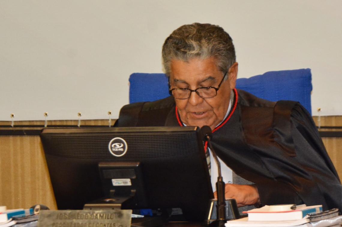Procurador sugere aplicação de multa a ex-prefeito de Camapuã e conselheiro relator concorda com parecer
