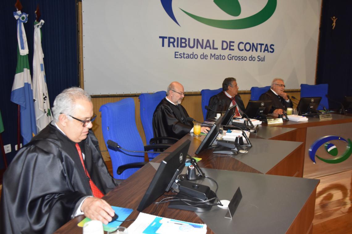 Procurador apresentou maioria de processos regulares na sessão da 1ª Câmara