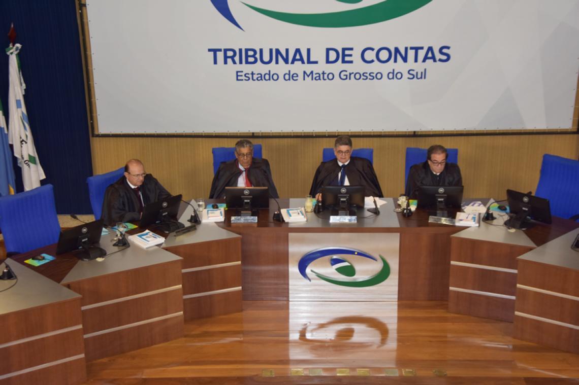 Conselheiros analisam 40 processos em sessão do dia 02 de outubro