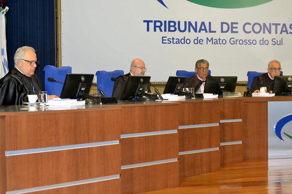 Contratos de gestão pública são apreciados em sessão