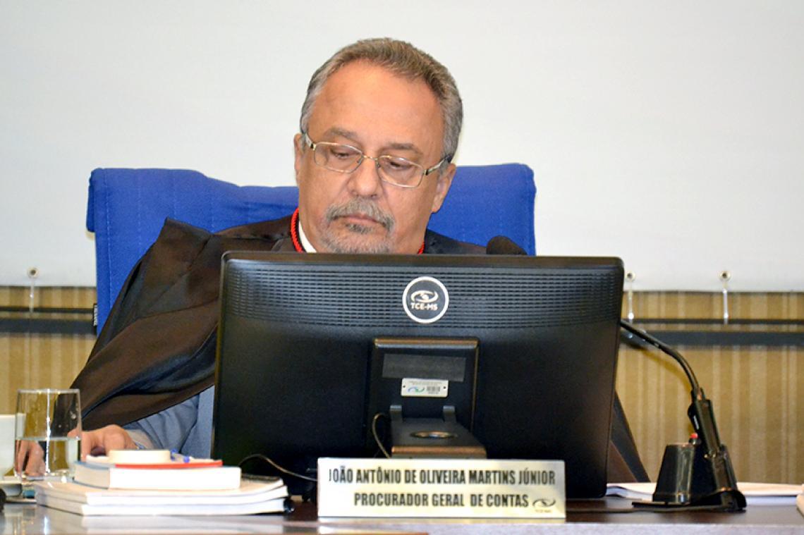 Procurador sugere multa e impugnação de responsabilidade do ex-presidente da Câmara de Taquarussu