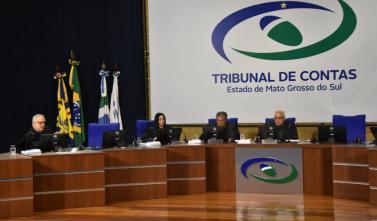 TCE-MS julga contas públicas em sessão