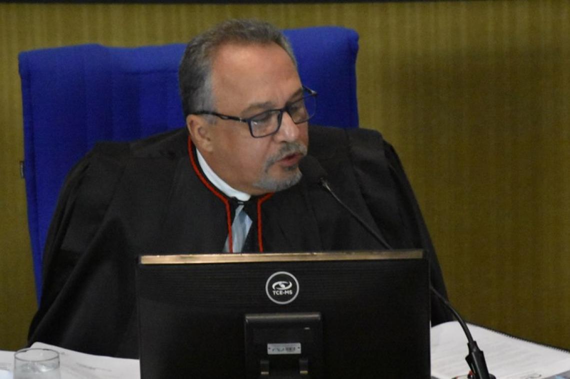 Procurador recomenda aplicação de multa e impugnação a ex-gestor de Santa Rita do Pardo