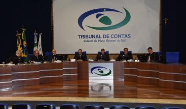 Na última sessão do ano, conselheiros apreciam um total de 104 processos