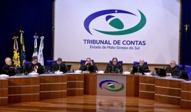 Tribunal Pleno julga recursos e aprova contas de gestão de municípios