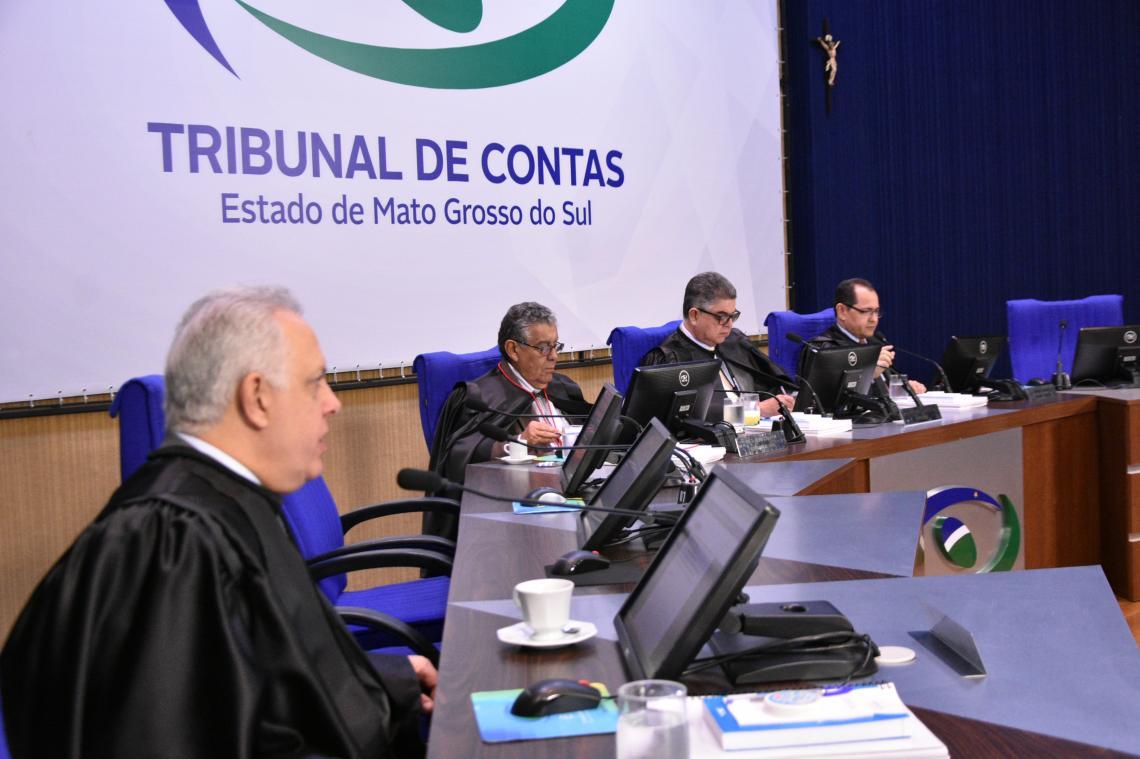 Conselheiros do TCE-MS julgam pela regularidade em quase todos os processos