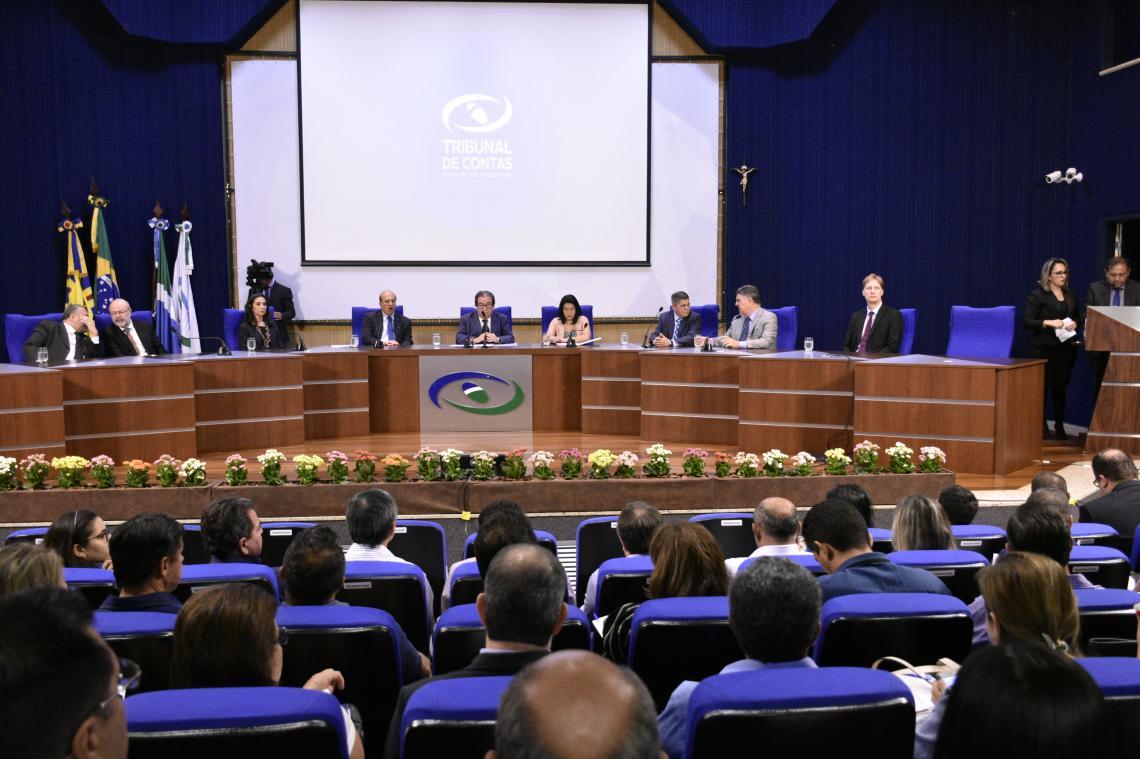 I Encontro para Conselhos reúne 355 participantes no TCE-MS