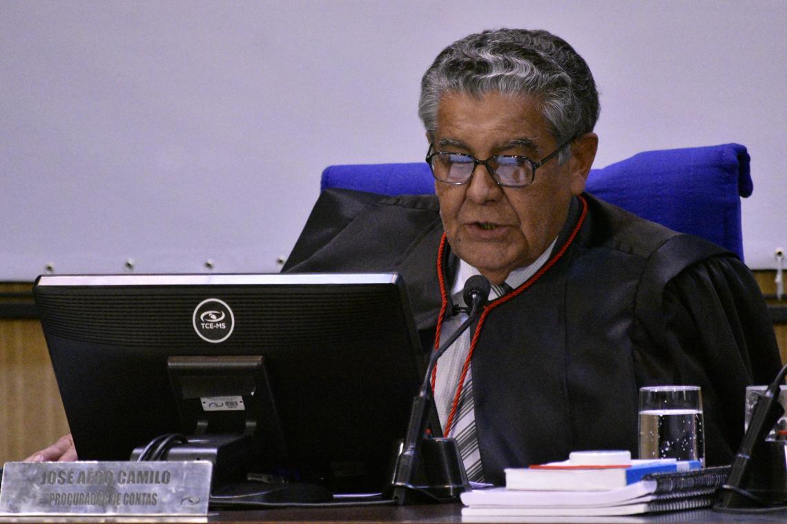 Procurador recomenda que nove vereadores de Água Clara devolvam valores gastos com diárias e Pleno aprova