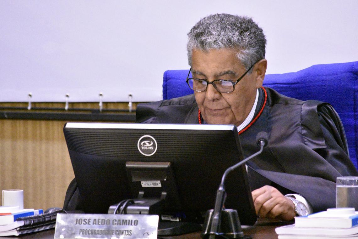 Após irregularidades na execução do contrato, Procurador recomenda aplicação de multa e impugnação
