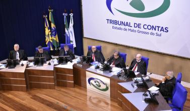 Pleno do TCE-MS aprecia 141 processos entre recursos e prestação de contas