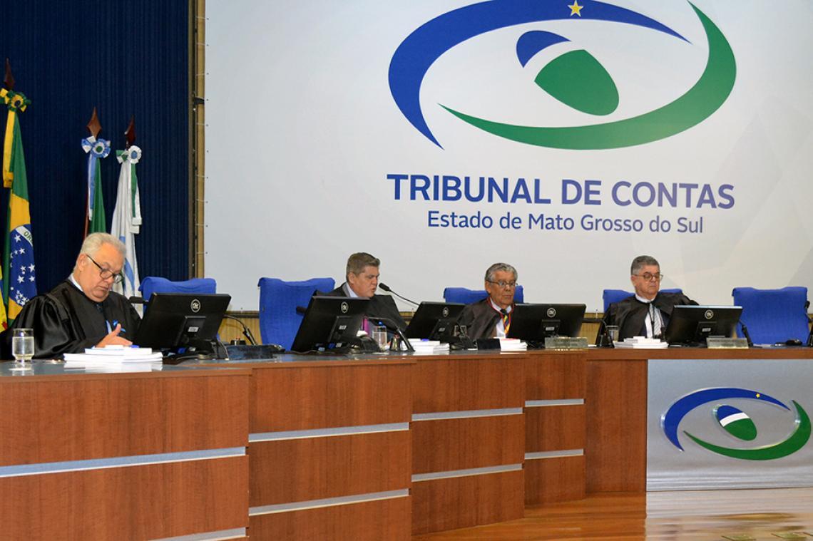 Procurador apresenta maioria dos pareceres regulares na sessão da 1ª Câmara