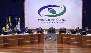 Conselheiros relatam 127 processos no Pleno