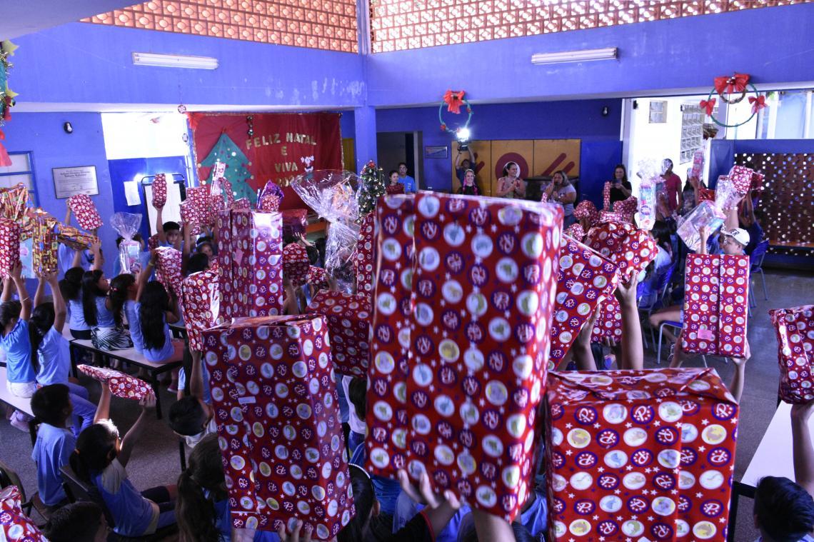 Natal Feliz do TCE-MS entrega 2,3 mil presentes para instituições