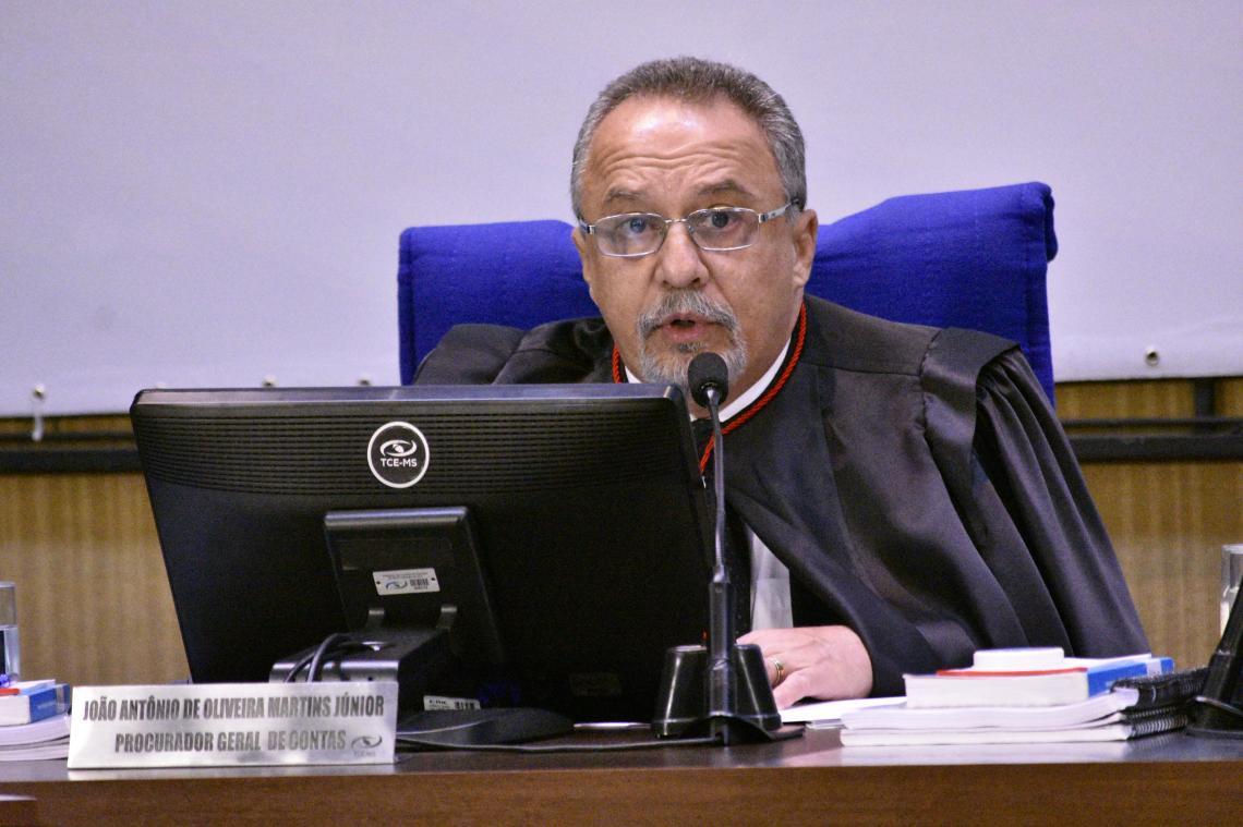 Procurador recomenda aplicação de multa e conselheiro relator concorda com parecer