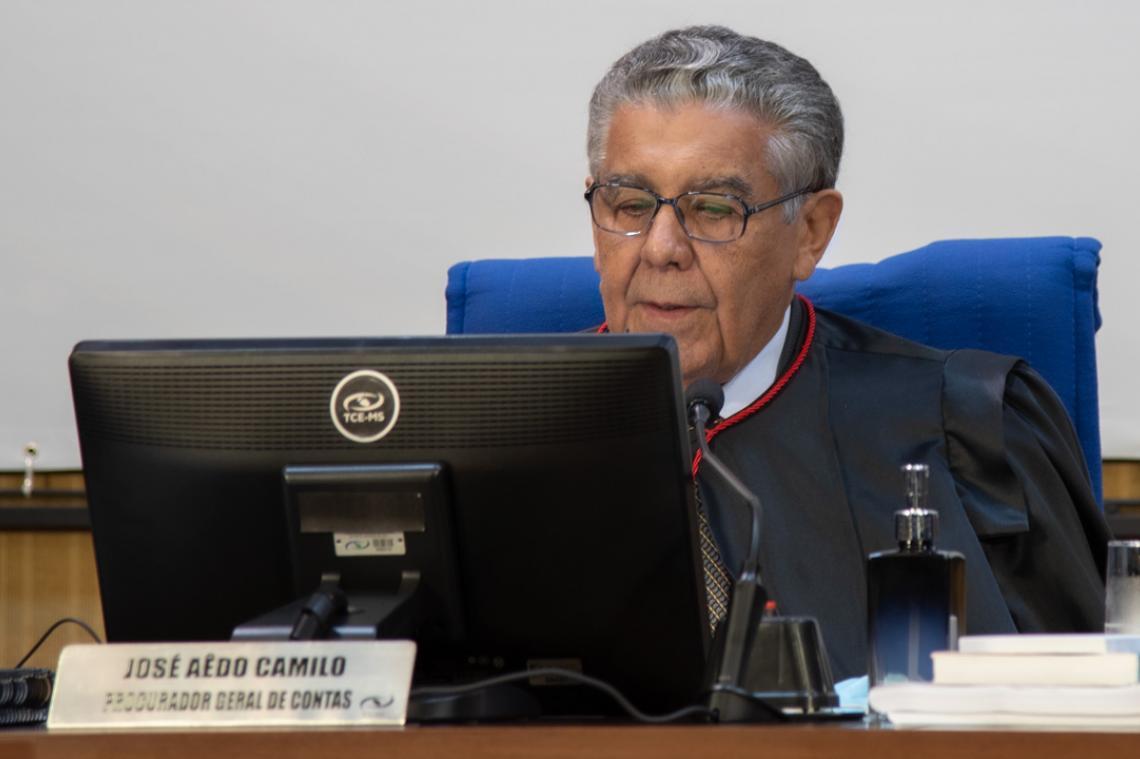 MP de Contas opina pelo não provimento de recurso e relator concorda com parecer